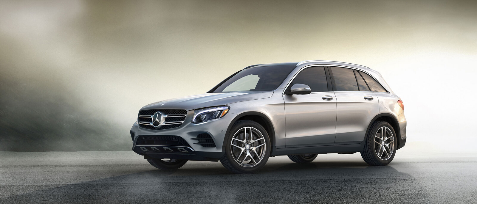 Discover the 2017 mercedes benz glc 300 suv for Mercedes benz financial payment address