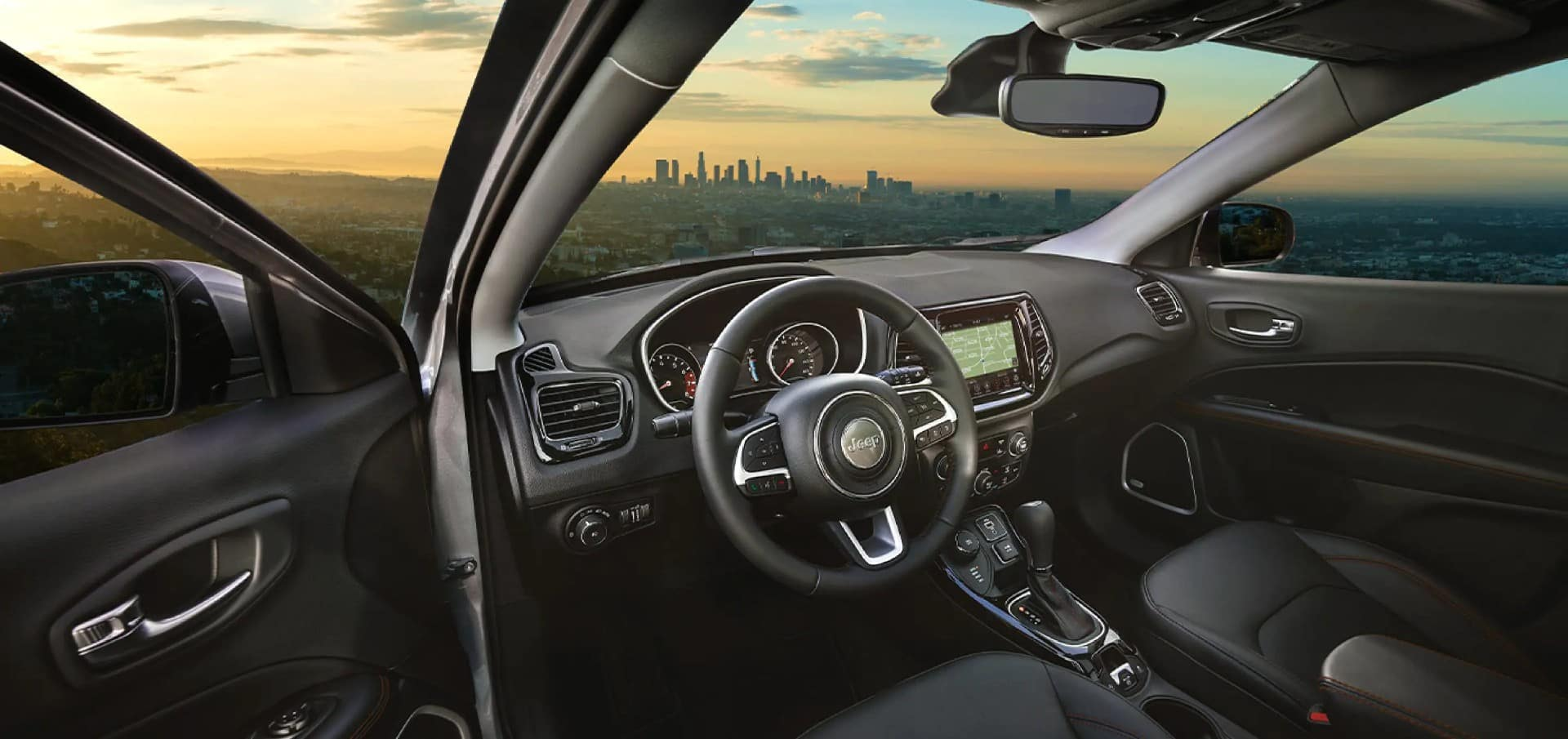 picture of jeep compass 2021 stearing wheel front seat interior for sale in Hooksett New Hampshire