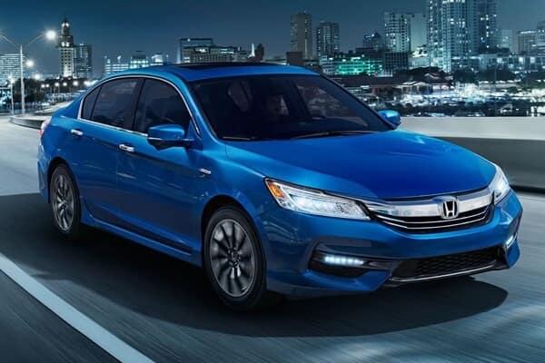2017 Honda Accord Hybrid front exterior