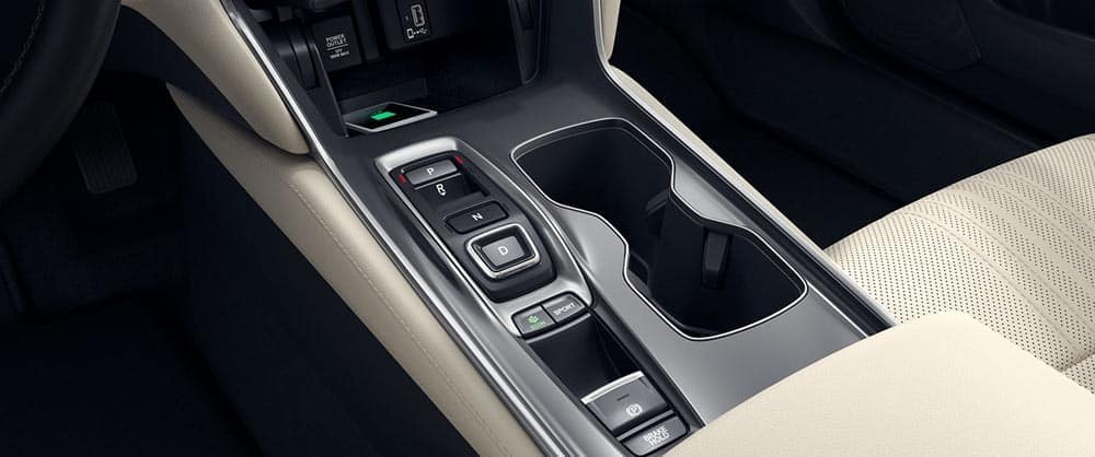 2018-accord-cup-holder