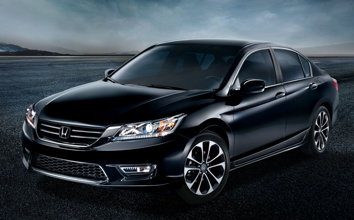 Black Honda Sedan at Middletown Honda