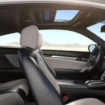 2018 Honda Civic Coupe interior