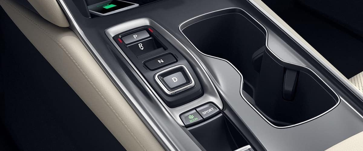 2019 Honda Accord front controls