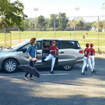 2019 Honda Odyssey picking up baseball team
