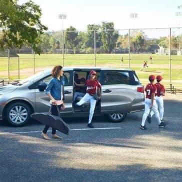 2019 Honda Odyssey picking up baseball team