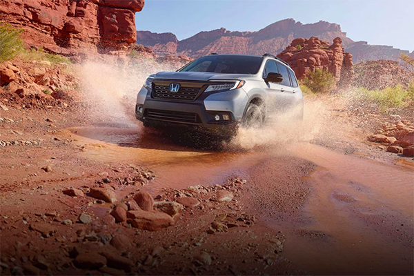 2019 Honda Passport driving in desert