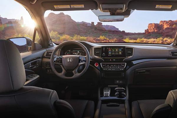 2019 Honda Passport interior front