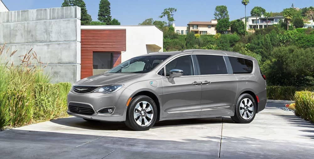 2019 chrysler pacifica features interior pics price olathe ks. Black Bedroom Furniture Sets. Home Design Ideas