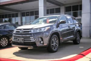 PRICE DROP! Big price drop on our gorgeous new 2018 Toyota Highlander XLE AWD. Click the link for more info: http://bit.ly/2x5CtF8