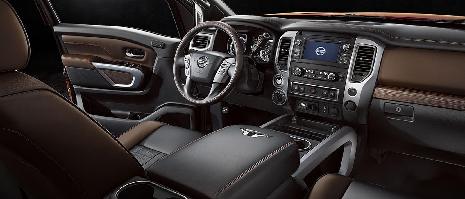 2016-Nissan-Titan1