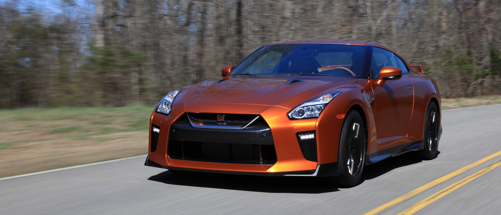 The 2017 Nissan Gt R Leaves Other Sports Cars In Dust Gtr Premium