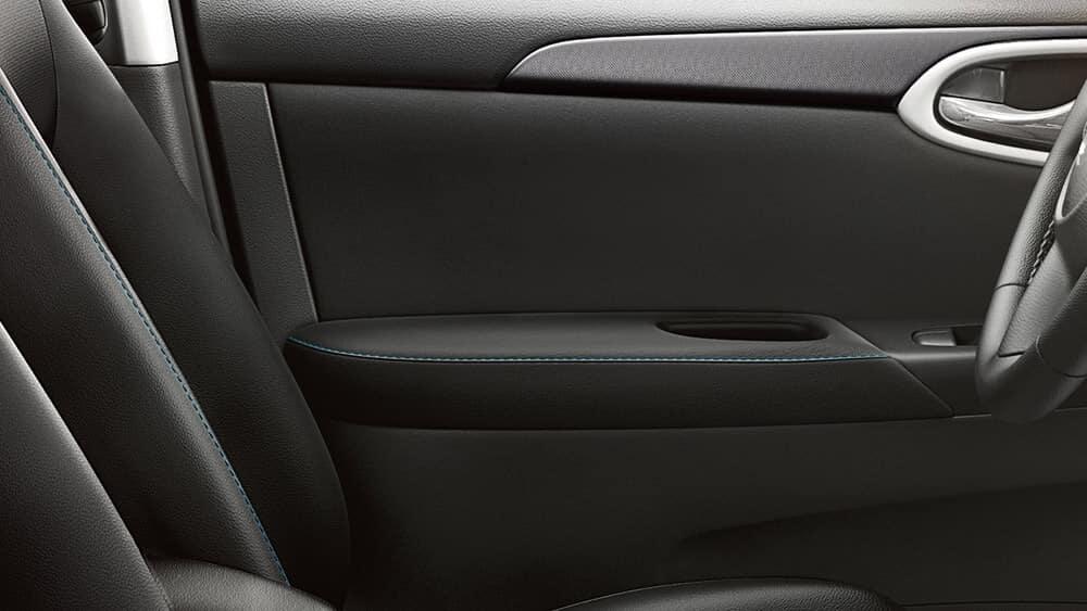2018 Nissan Sentra interior detail