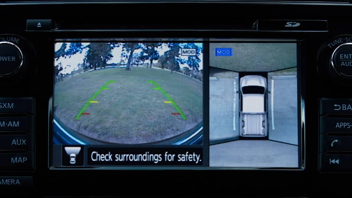 2018 Nissan Titan monitor