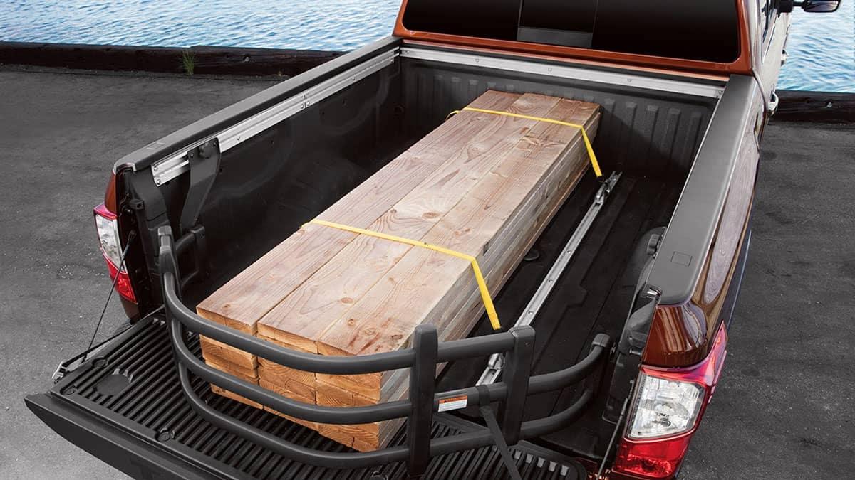 2018 Nissan Titan bed extender