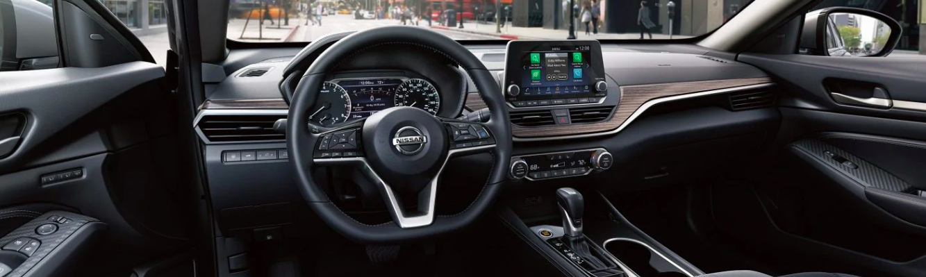 2019 Nissan Altima Interior Dashboard View