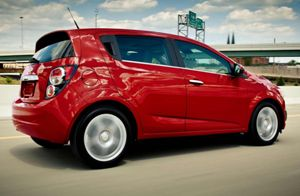 Chevrolet Fans near Boston Find Compact Safety in the 2014 Sonic