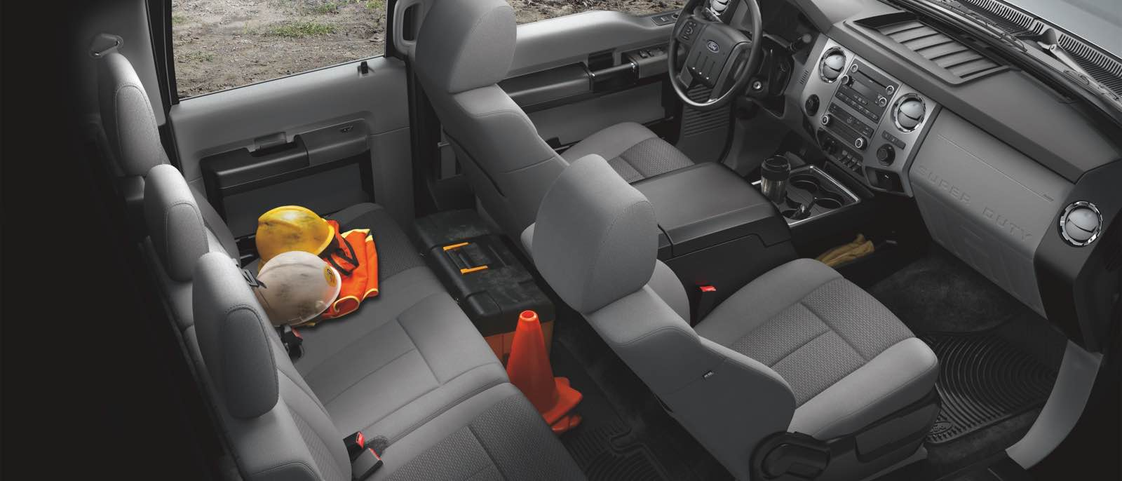 2016 Ford Super Duty spacious interior