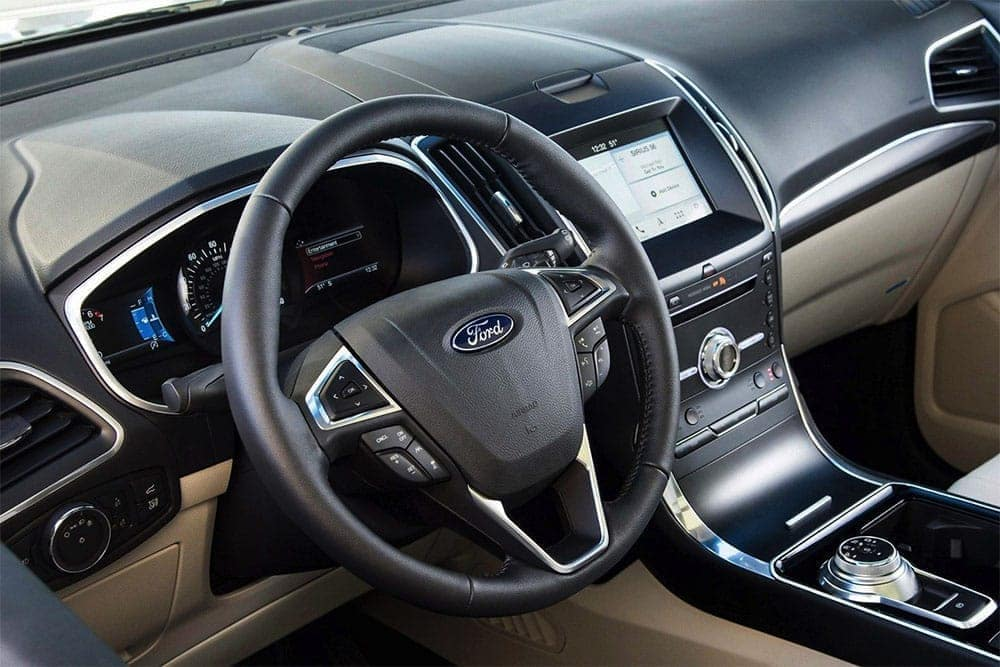 2019-Ford-Edge-Steering-Wheel