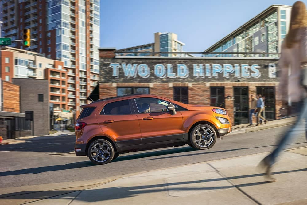 2019 Ford EcoSport Driving Uphill