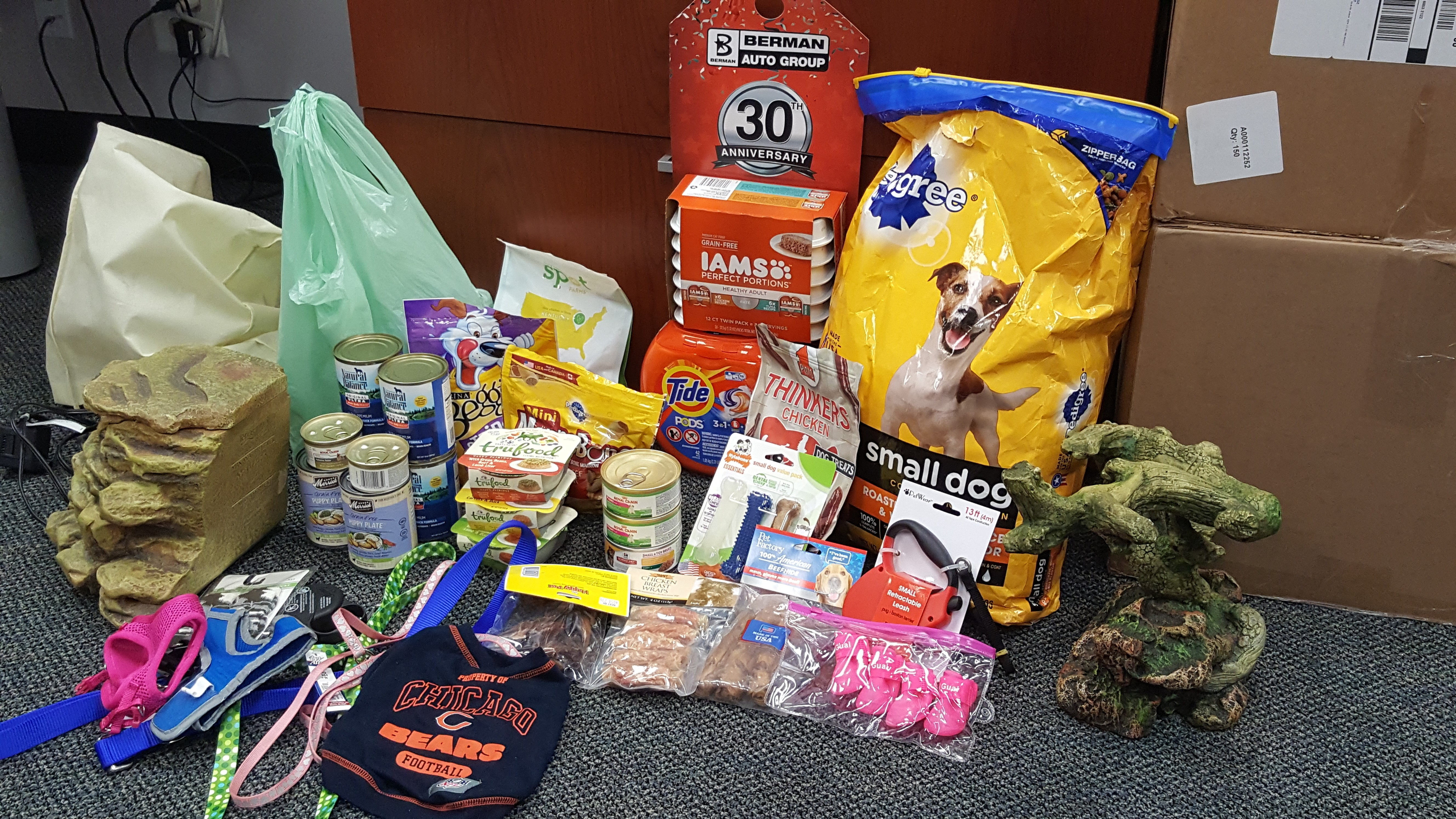Customer and Employee Donations to our Furry Friends at Evanston Animal Shelter!