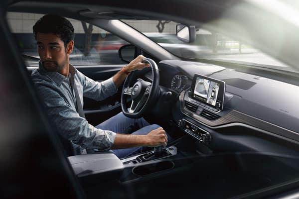 2020 Nissan Altima Interior