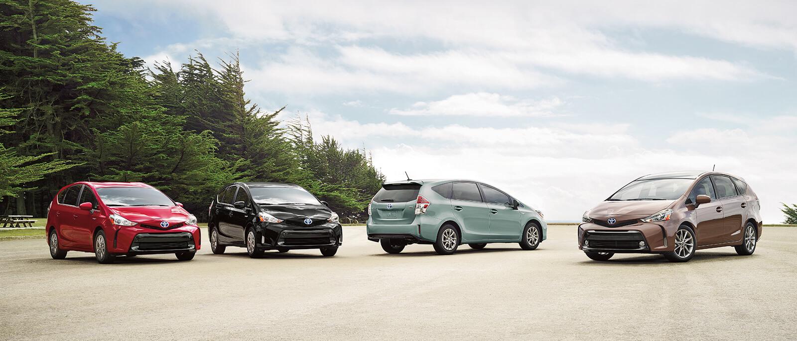 2017-Toyota-Prius-V-slide3