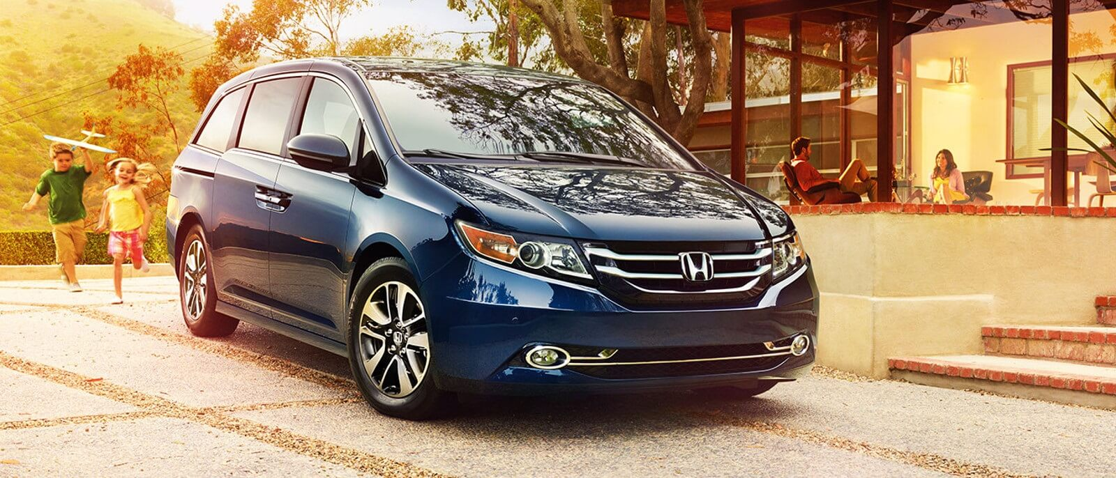 2016 Honda Odyssey in blue
