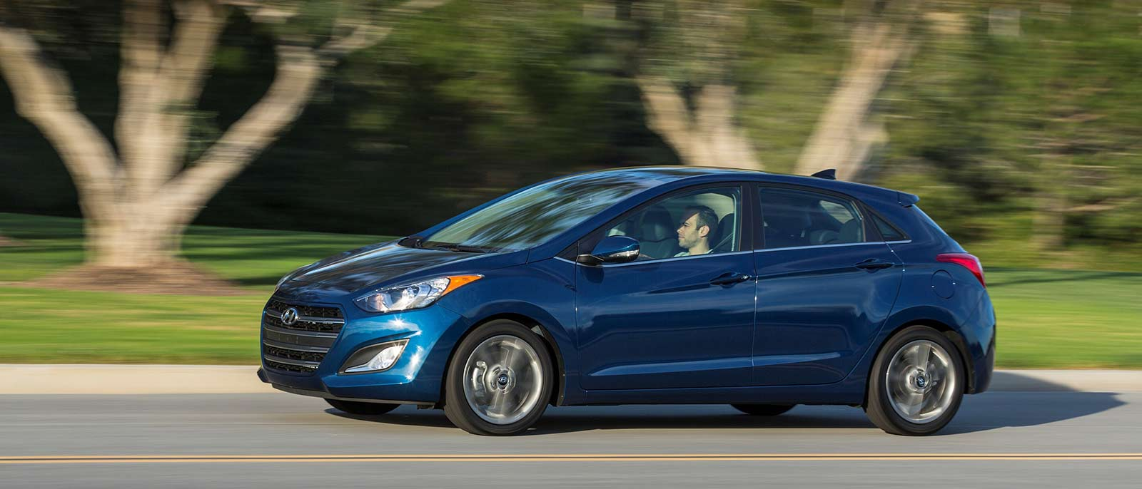 learn about the 2017 hyundai elantra gt now. Black Bedroom Furniture Sets. Home Design Ideas