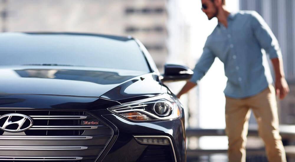 2017 Hyundai Elantra exterior in sport black