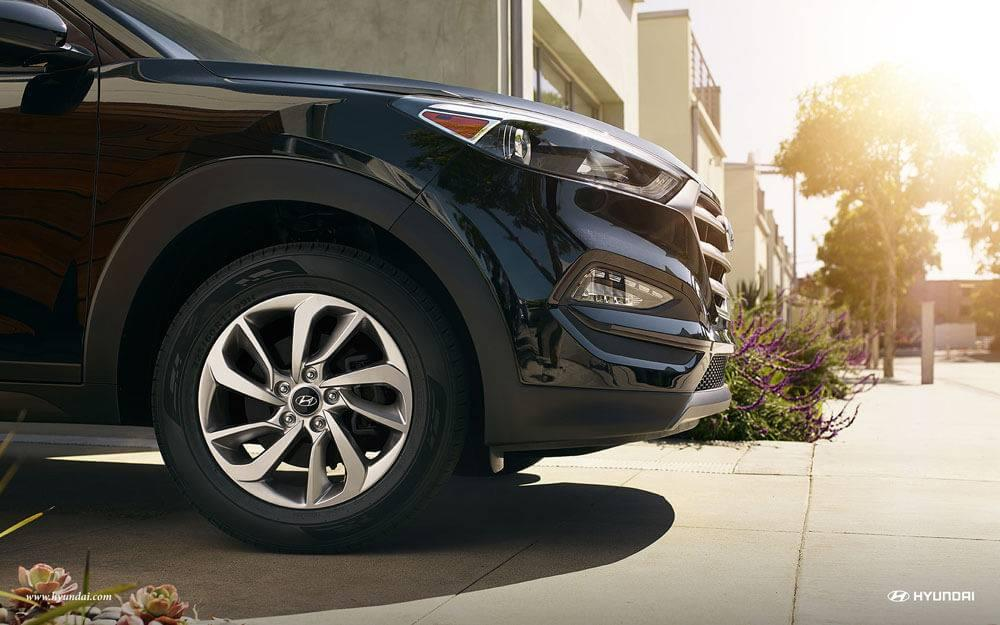 2017 Hyundai Tucson wheels