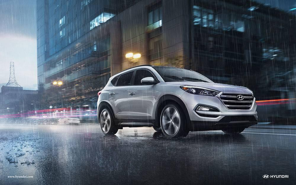 2017 Hyundai Tucson in urban setting