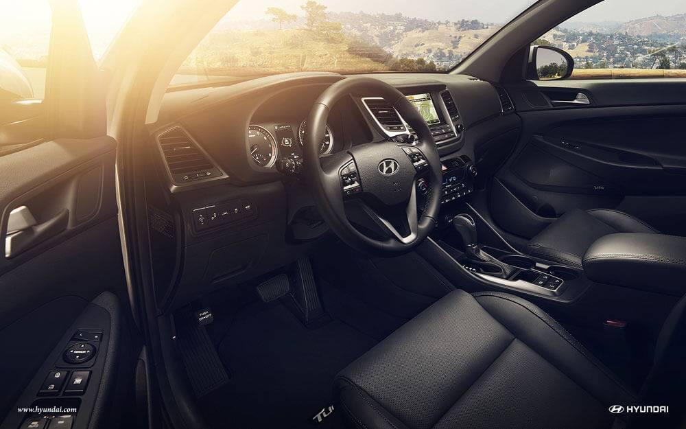 2017 Hyundai Tucson dashboard detail