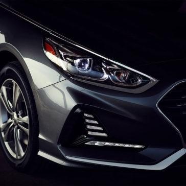 2018 Hyundai Sonata headlight detail