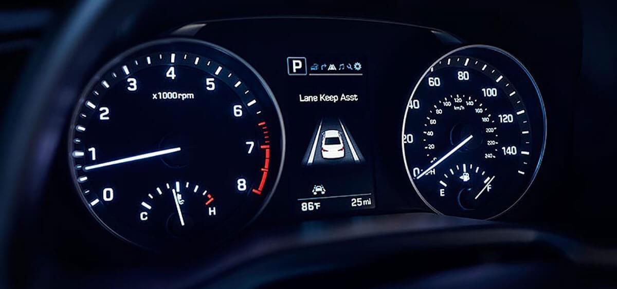 2018 Hyundai Elantra instrument panel