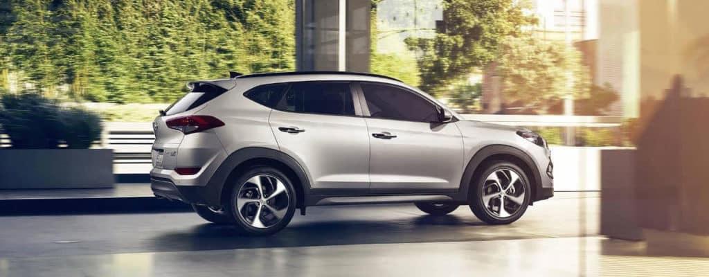 2018 Hyundai Tucson performance header