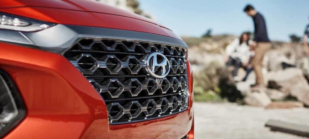 2019 Hyundai Santa Fe chrome accent front grille