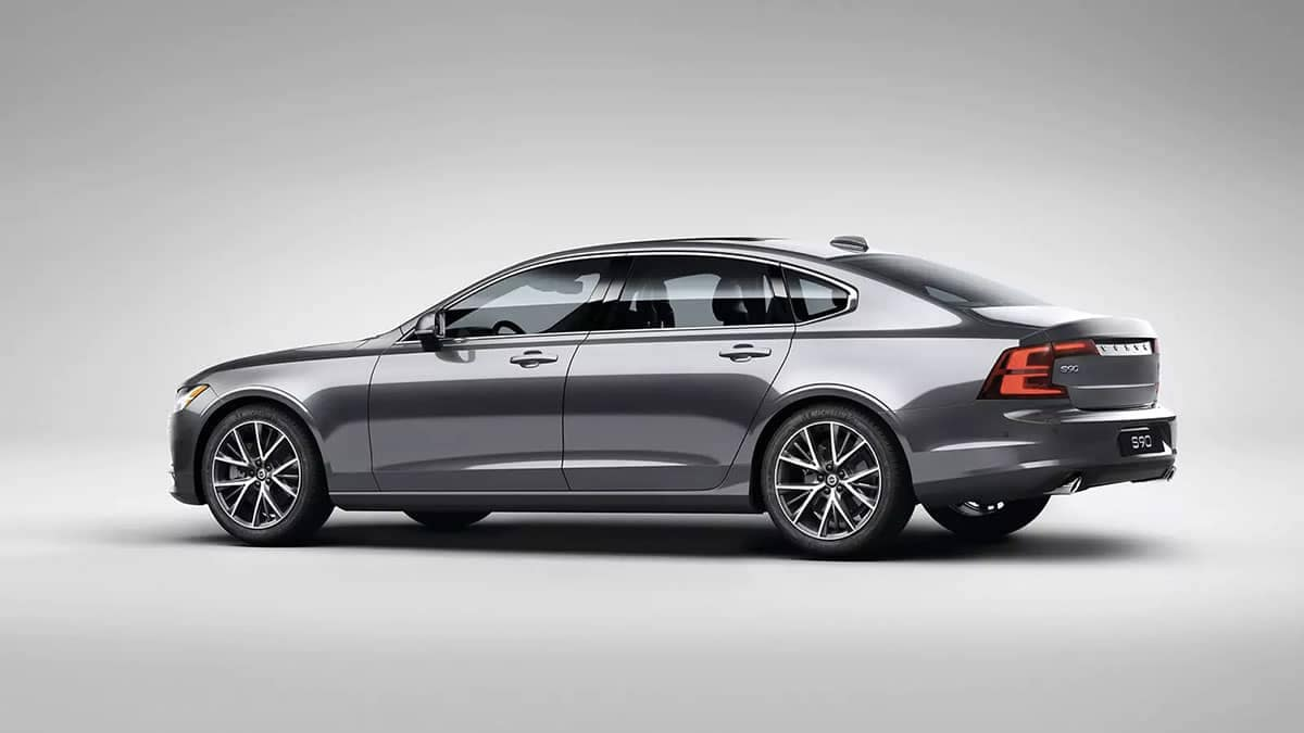 2018 Volvo S90 side view