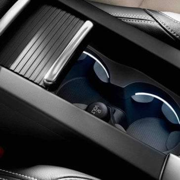 2017 XC60 interior detail of cup holders