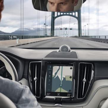 2018 Volvo XC60 dashboard