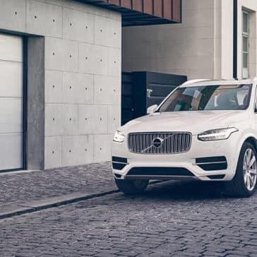 2018 Volvo XC90 exterior view