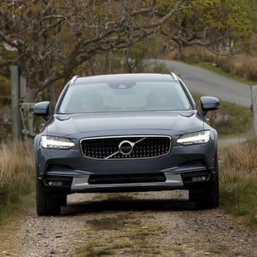 2018 Volvo V90 front view