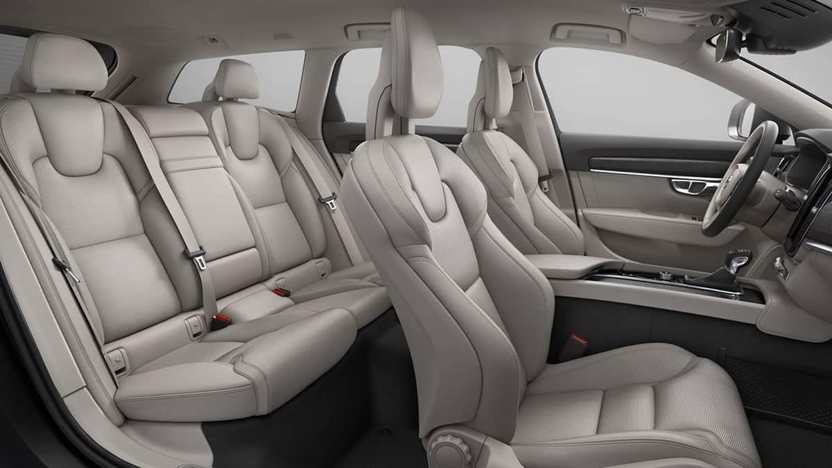 2018 Volvo V90 interior seats