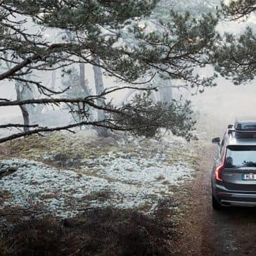2019 Volvo XC90 rear roof box view