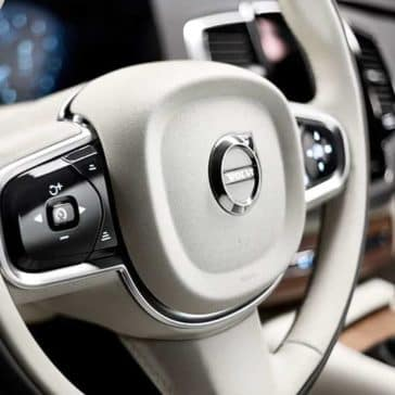2019 Volvo XC90 steering wheel detail