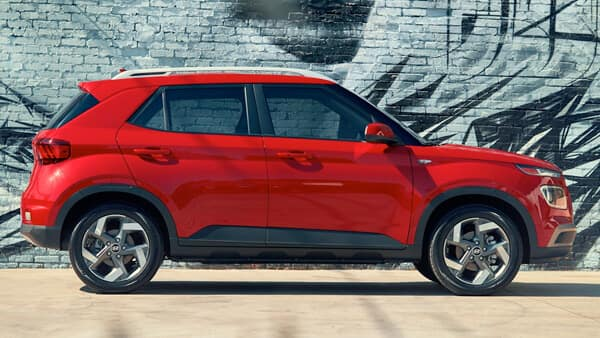 2021 Hyundai Venue Exterior Dimensions Image