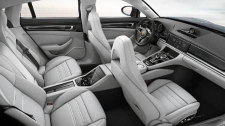 2017 Porsche Panamera interior