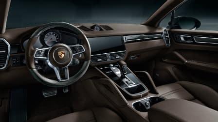 2017 Porsche Cayenne interior