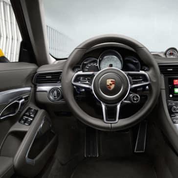 Porsche 911 Carrera dashboard