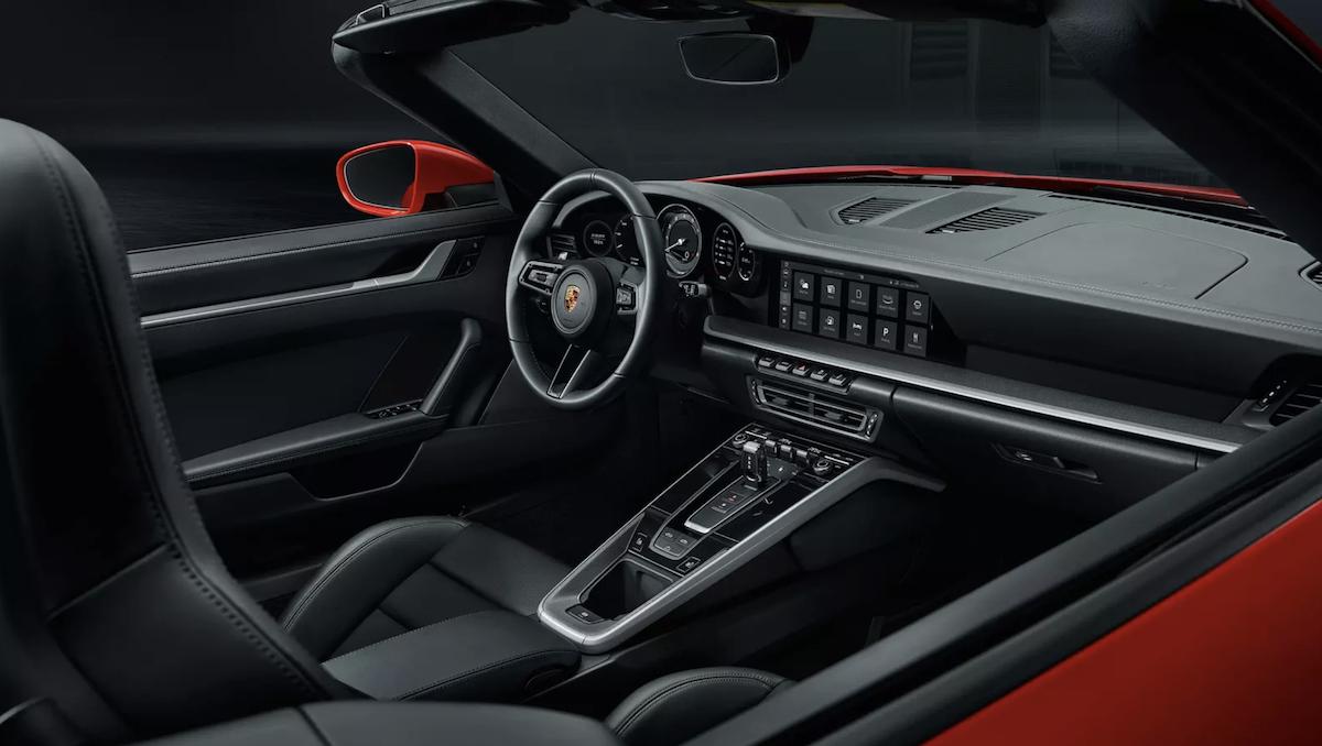 2020 Porsche 911 Carrera Interior