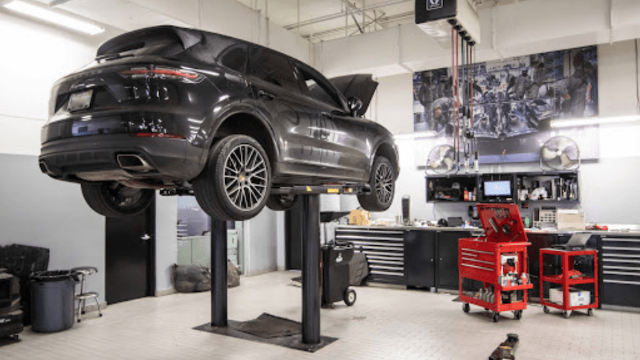 Porsche Riverside Repair Shop